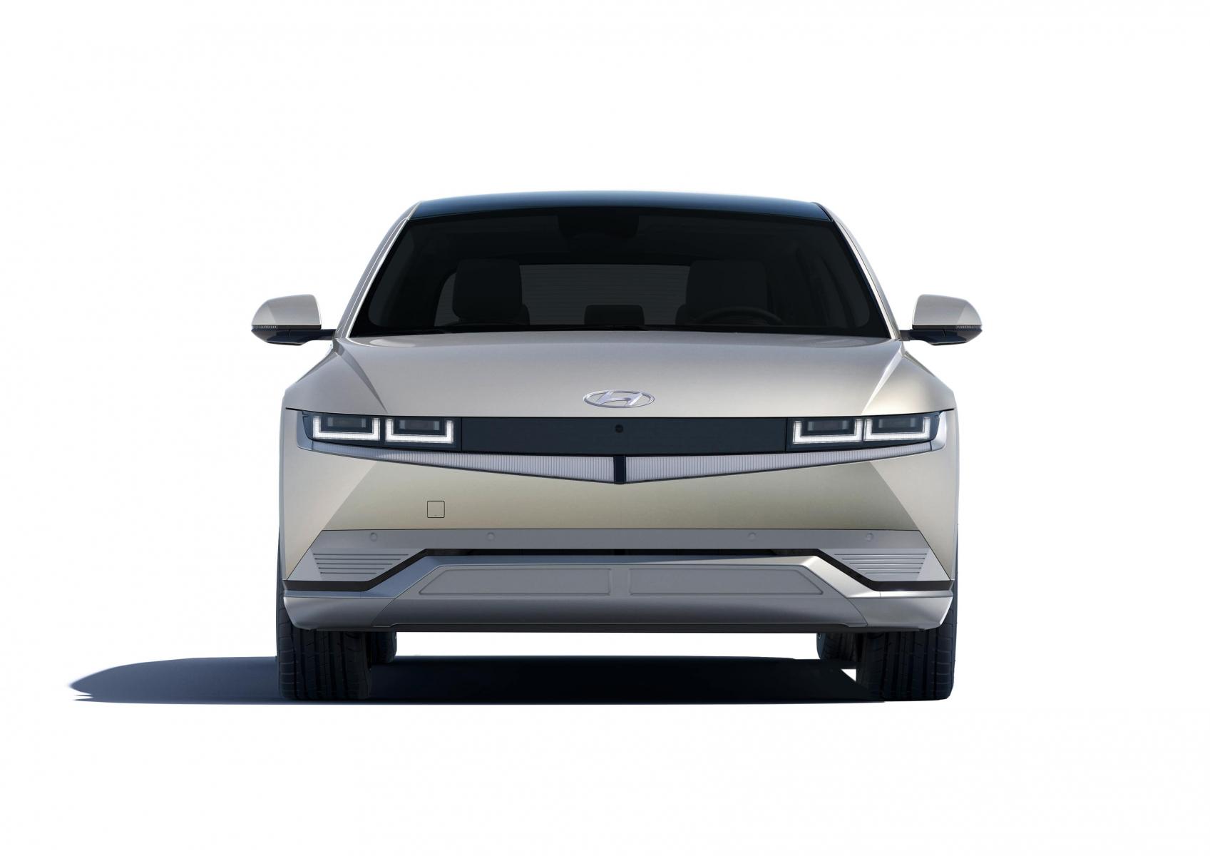 Hyundai IONIQ 5 переосмислює спосіб життя з електричною мобільністю | Фрунзе-Авто - фото 11